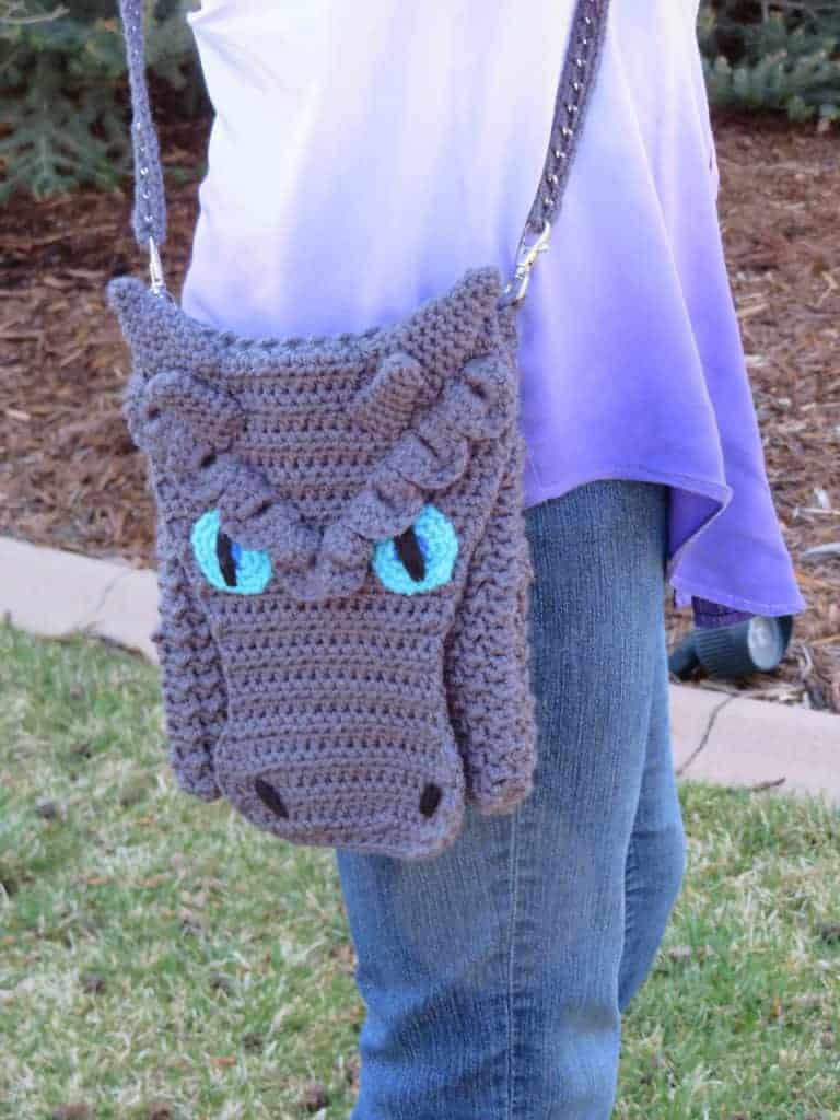 frost dragon cross body bag pattern modifications   Hooked by Kati