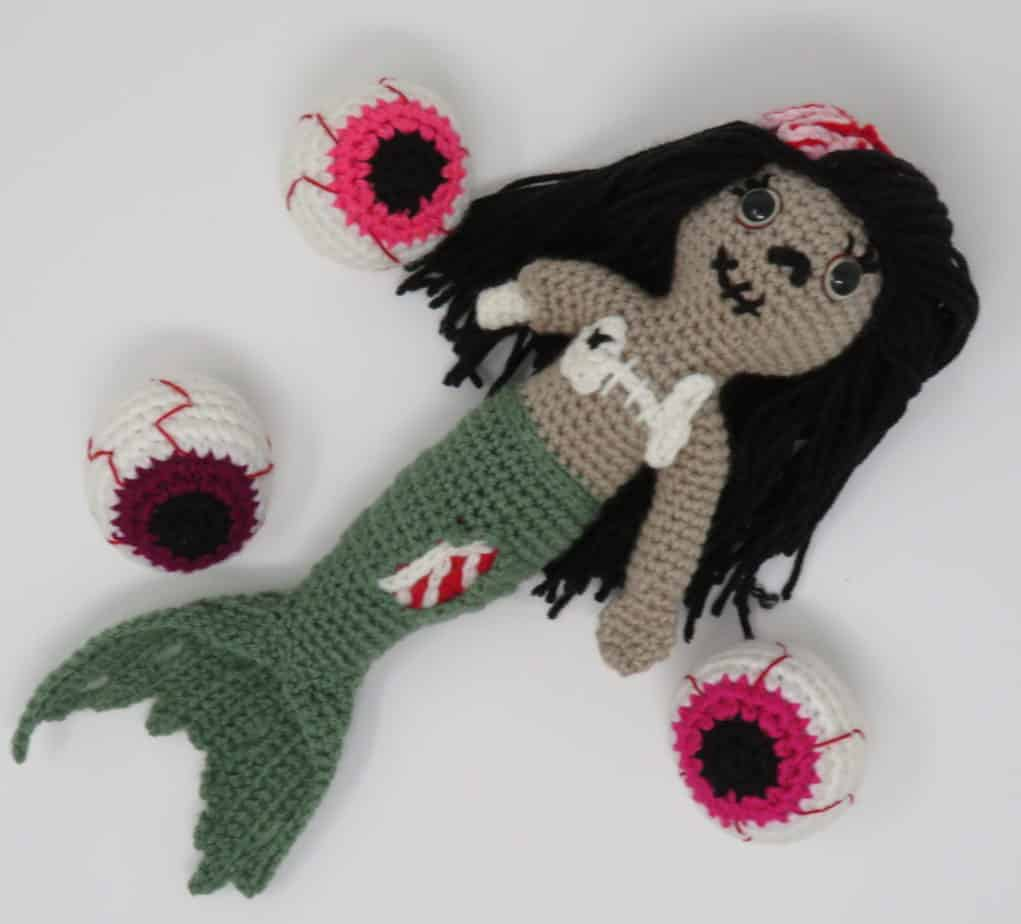 zombie mermaid amigurumi free crochet pattern | Hooked by Kati