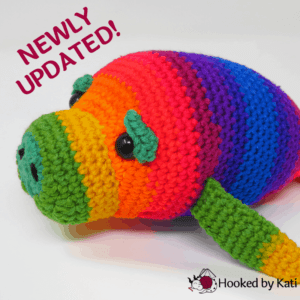 Hue the Manatee premium crochet pattern pdf from Hooked by Kati