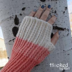 favorite sweater fingerless gloves mitts free crochet pattern | Hooked by Kati